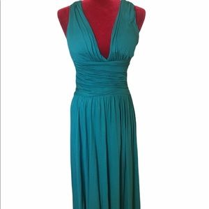 👗NWT Teal Maxi Dress